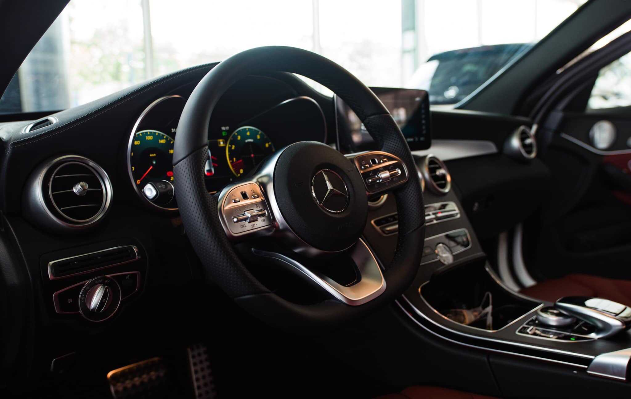 Mercedes C300 AMG 2022 Mercedes Vietnam (15)