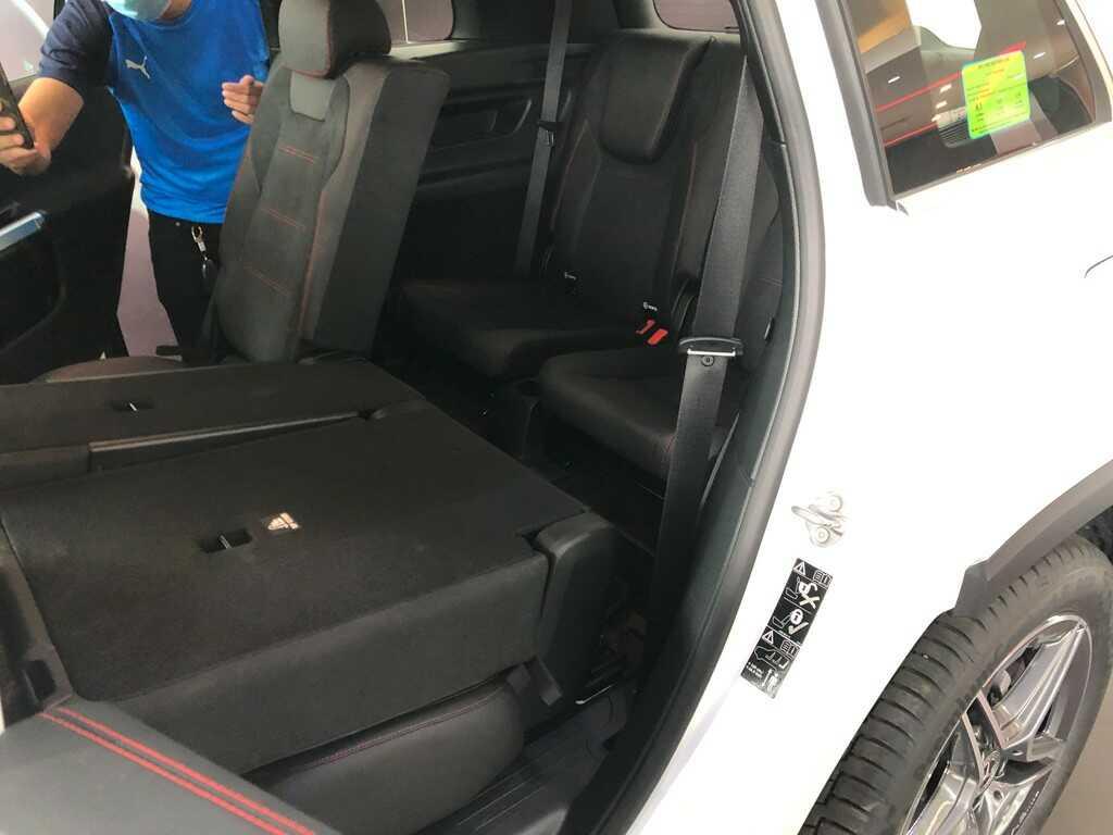 Mercedes GLB 200 AMG 2022 Mercedes Vietnam (23)